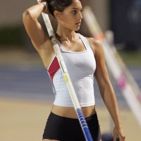 allisonstokke3015459ng1.jpg.ban  200x200 Daniel Craig Workout Routine to Build a Badass Bond Body