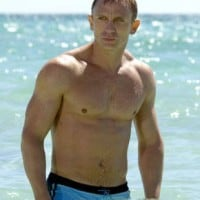 daniel craig workout 200x200 Drew Brees Workout Routine   TRX Training For Champions