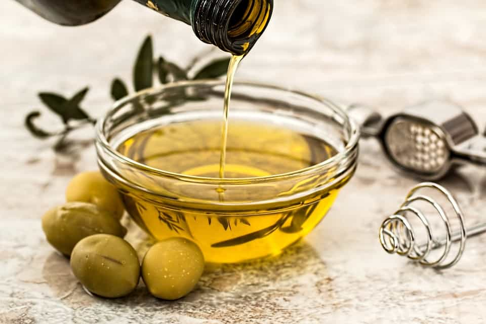 The Healthiest Cooking Oils For Weight Loss