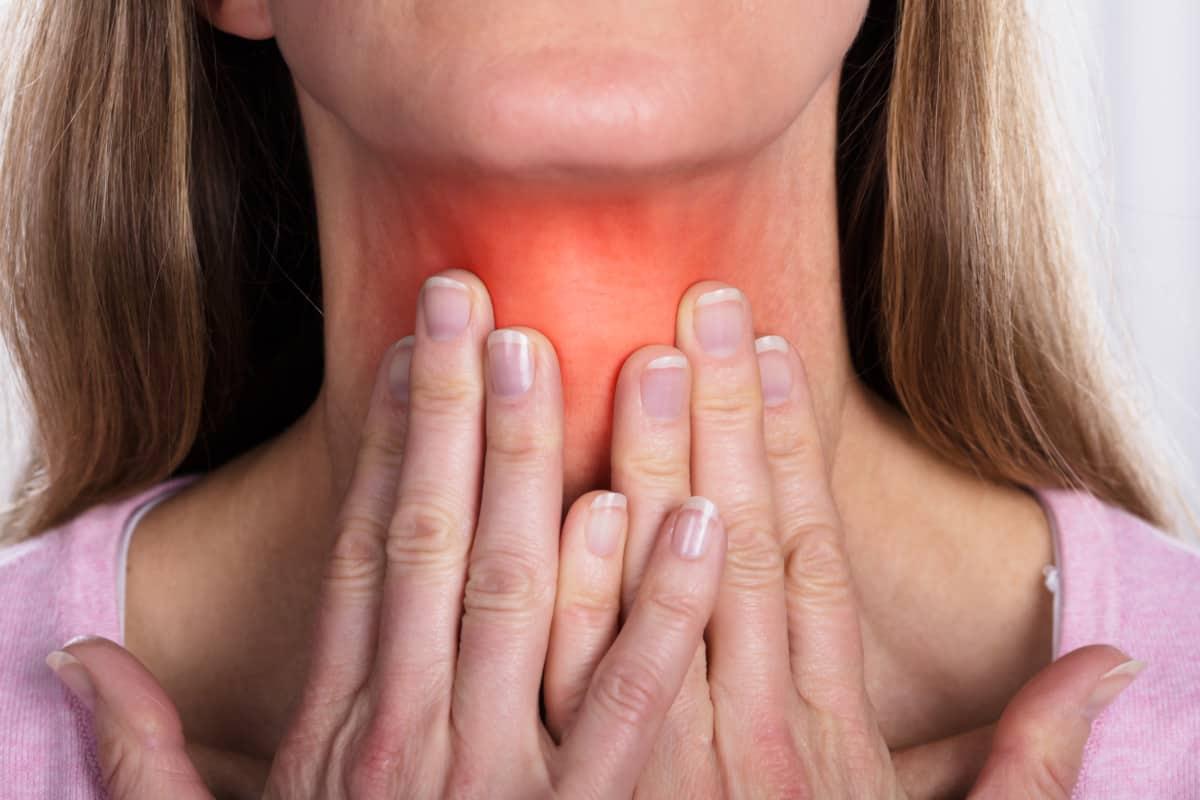 thyroid neck fat