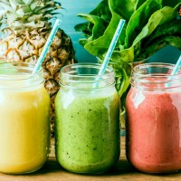 10 Tasty Meal Replacement Smoothies (For Weight Loss)